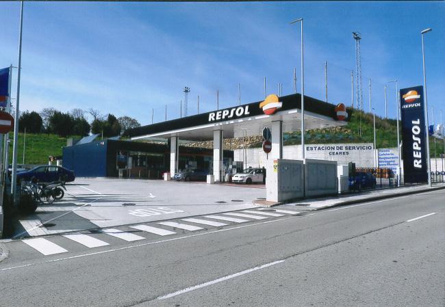 gasolinera-ceares2